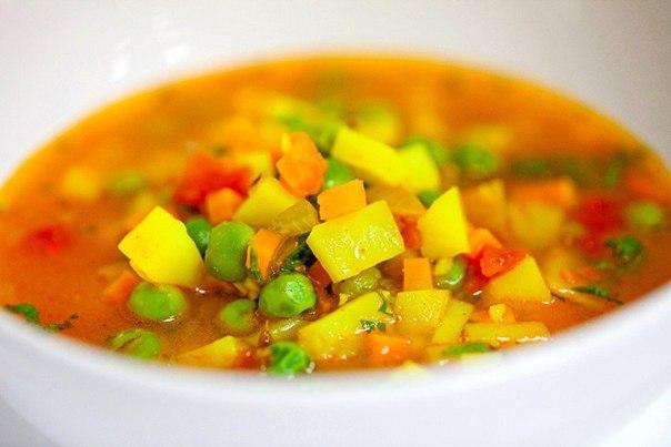 Рецепт супа с зеленым консервированным горошком и капустой